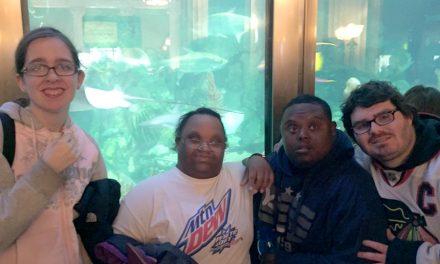 Life Shop Visits Chicago's Shedd Aquarium